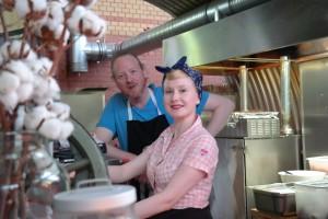 Sarah-Jane und Chris vom PIGNUT BBQ