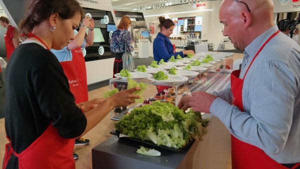 Digital Cuisine @ IFA 2014 - Social Media Dinner meets Bosch